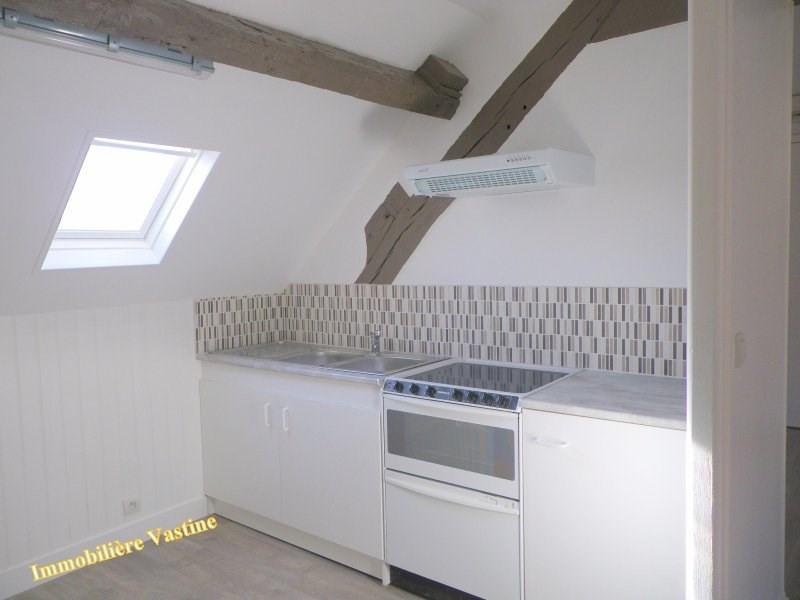 Location appartement Senlis 550€ CC - Photo 3