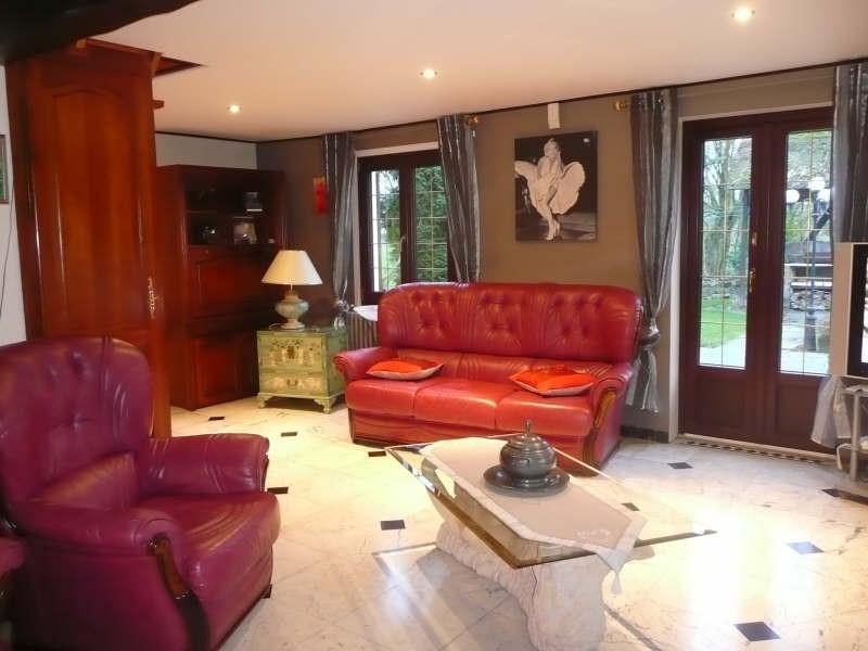 Sale house / villa Attiches 293000€ - Picture 2