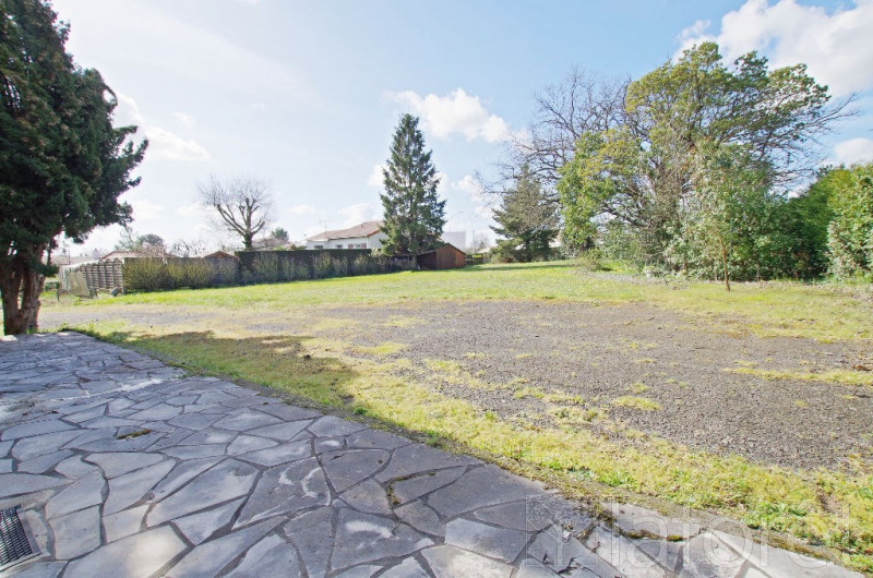 Sale house / villa Le may sur evre 252000€ - Picture 5