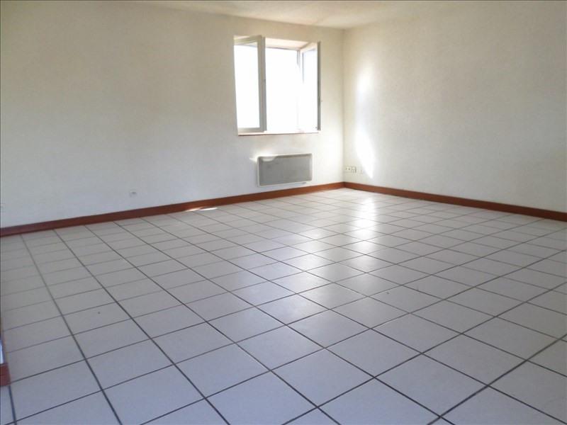 Rental apartment Eyzin pinet 634€ CC - Picture 1