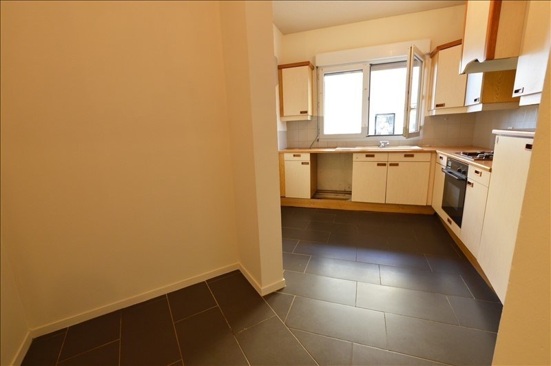 Sale apartment Billere 81750€ - Picture 2