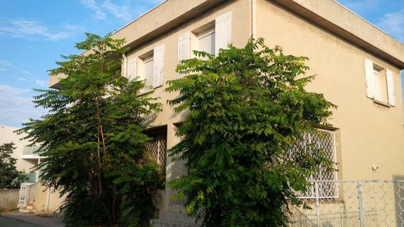 Sale building Istres 418 000€ - Picture 1