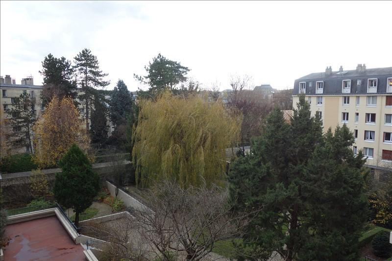 Sale apartment Versailles 252000€ - Picture 4