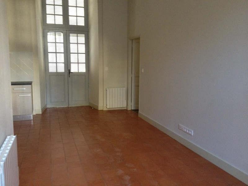 Verhuren  appartement Nimes 752€ CC - Foto 4