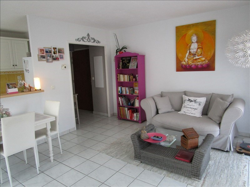 Sale apartment Pringy 271 500€ - Picture 2
