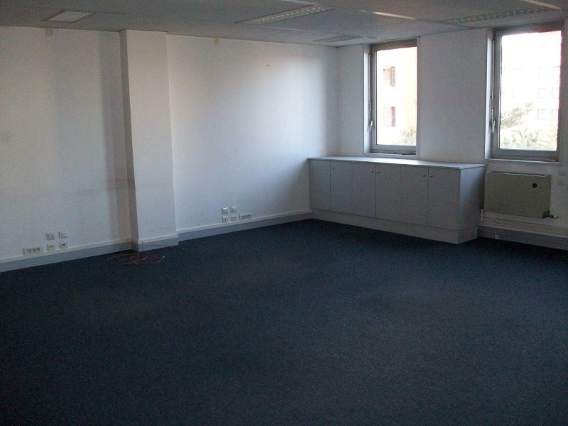 Sale empty room/storage Roanne 142 500€ - Picture 1