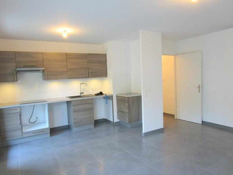 Location appartement Le port marly 930€ CC - Photo 3