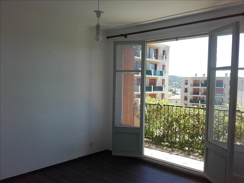 Rental apartment Aix en provence 578€ CC - Picture 2