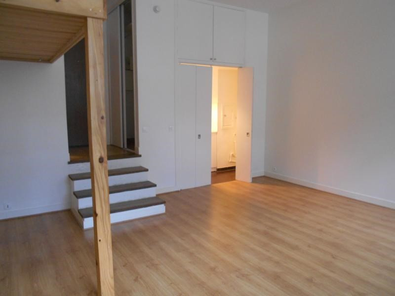 Location appartement Paris 13ème 862€ CC - Photo 2
