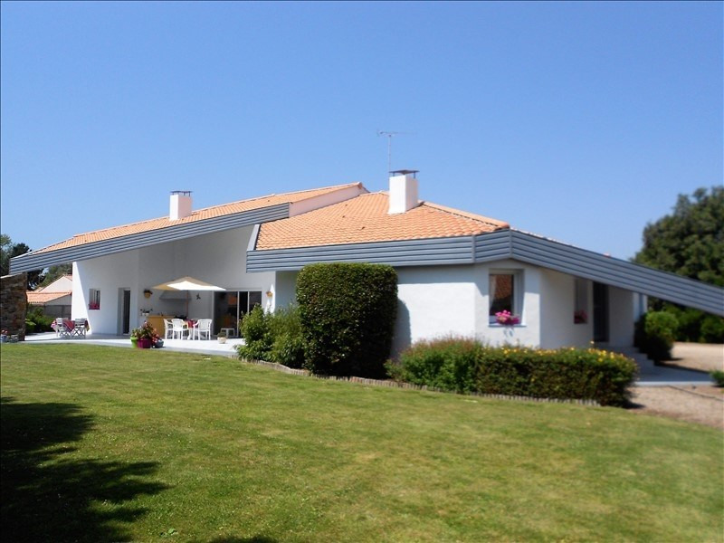 Deluxe sale house / villa St jean de monts 628 000€ - Picture 1