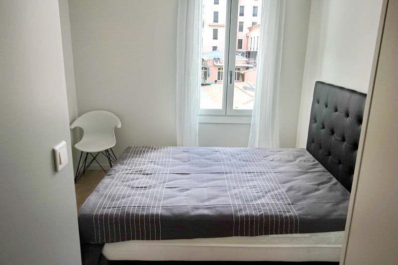 Vendita appartamento Nice 390000€ - Fotografia 8