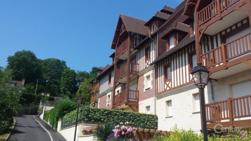 Sale apartment Deauville 177000€ - Picture 1