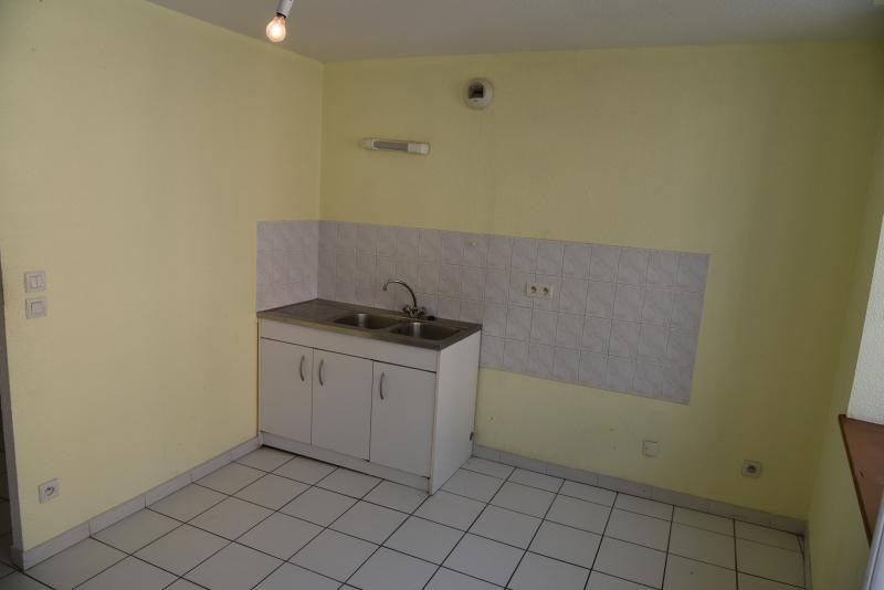 Rental apartment Nantua 267€ CC - Picture 2