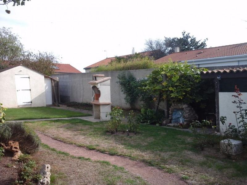 Sale house / villa Le longeron 150000€ - Picture 2