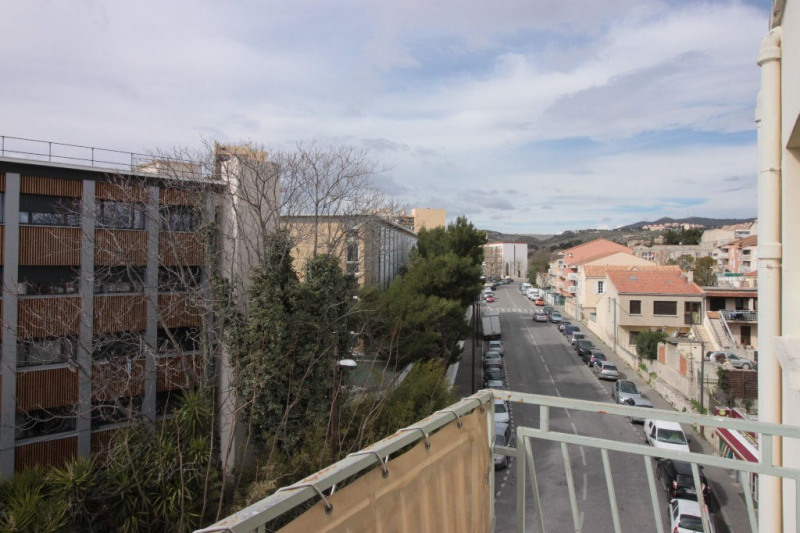 Sale apartment Marseille 79 000€ - Picture 1
