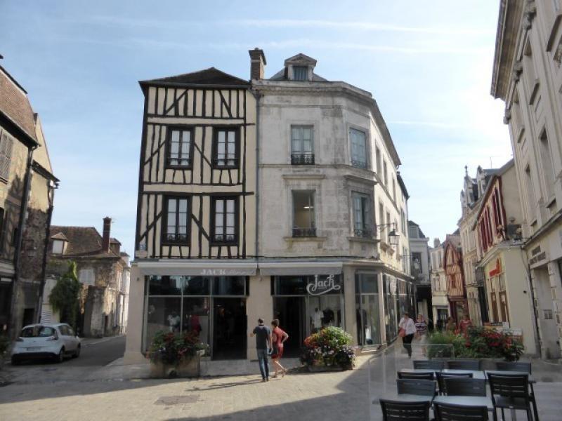 Sale building Auxerre 750000€ - Picture 8