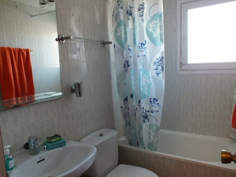 Location vacances appartement Roses santa-margarita 448€ - Photo 11