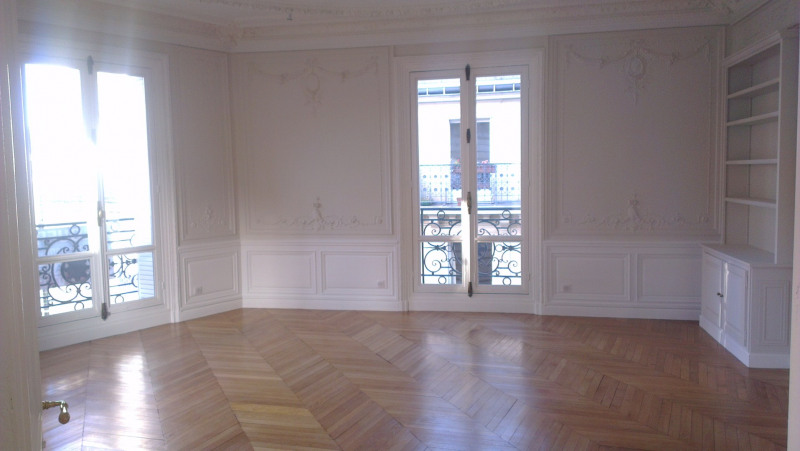 Location appartement Paris 16ème 5 511€ CC - Photo 9