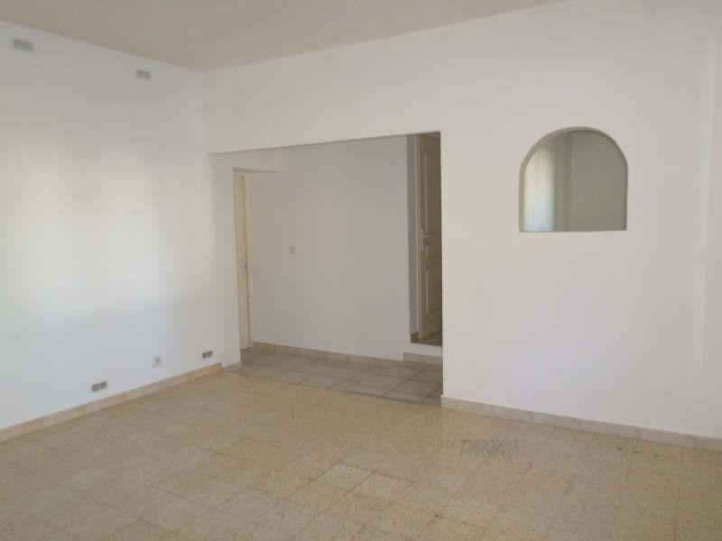 Verhuren  appartement Entressen 665€ CC - Foto 2