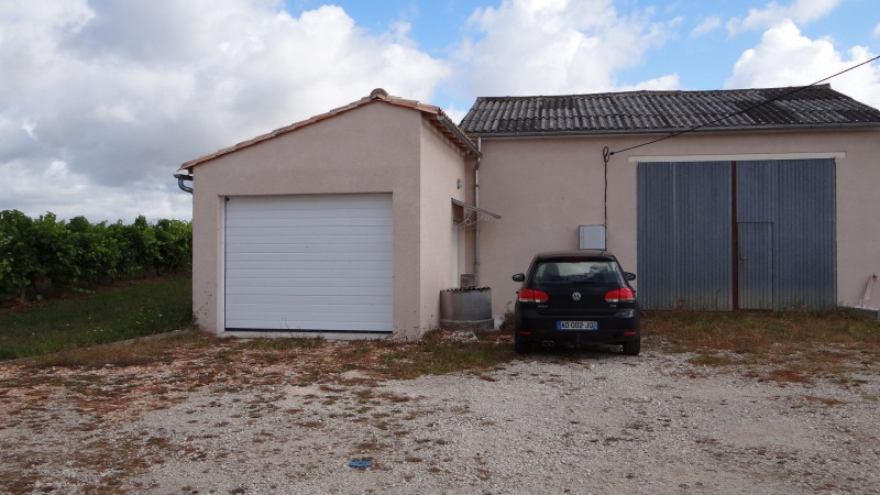 Location maison / villa Montchaude 830€ CC - Photo 4