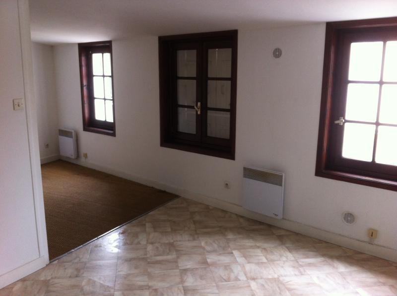Produit d'investissement immeuble Saintes 273000€ - Photo 3