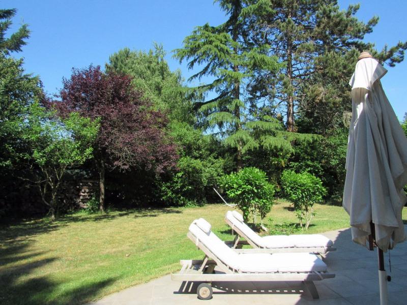 Sale house / villa Lesigny 402000€ - Picture 1