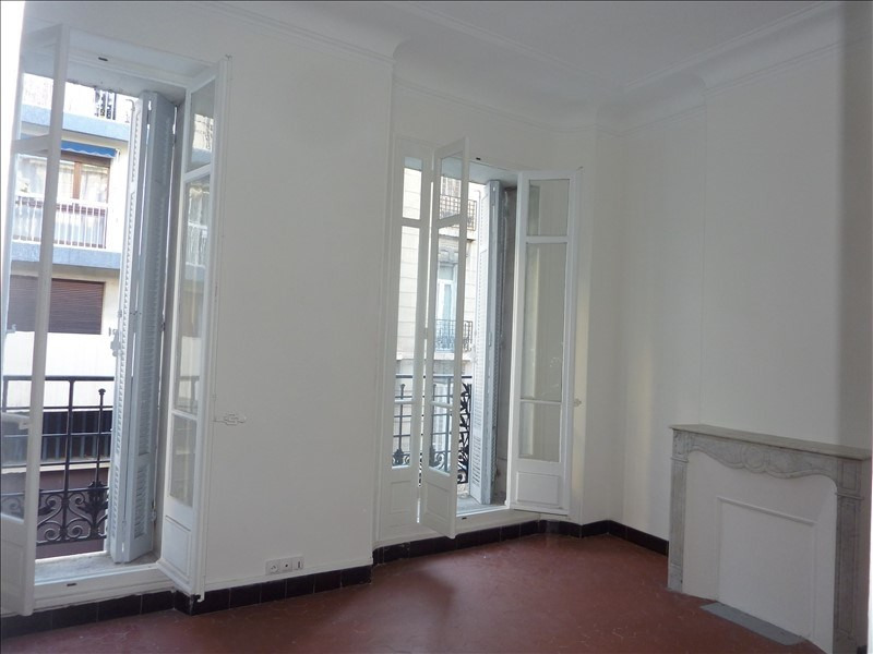Location appartement Marseille 5ème 690€ CC - Photo 10