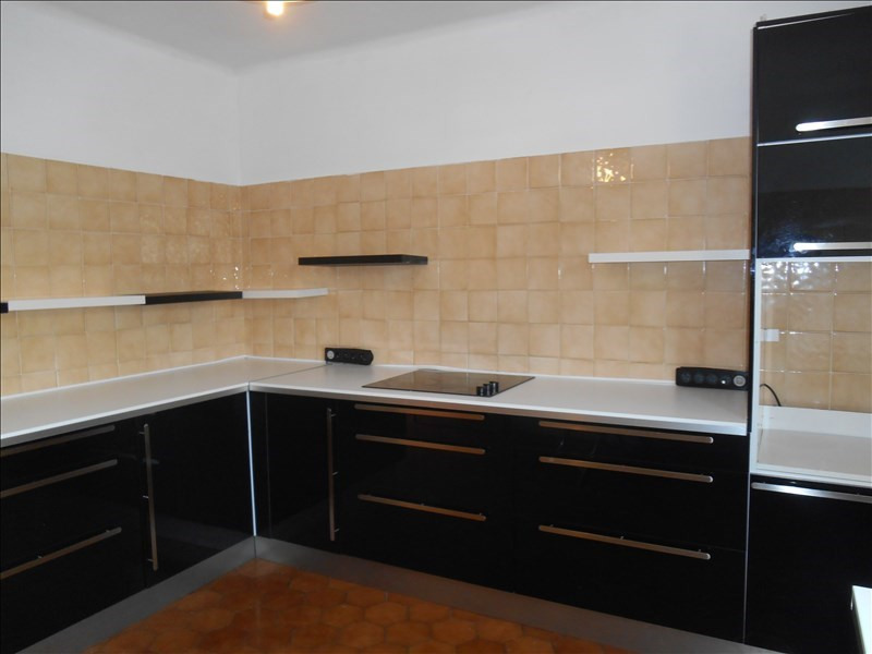 Location maison / villa Carpentras 1 140€ CC - Photo 3