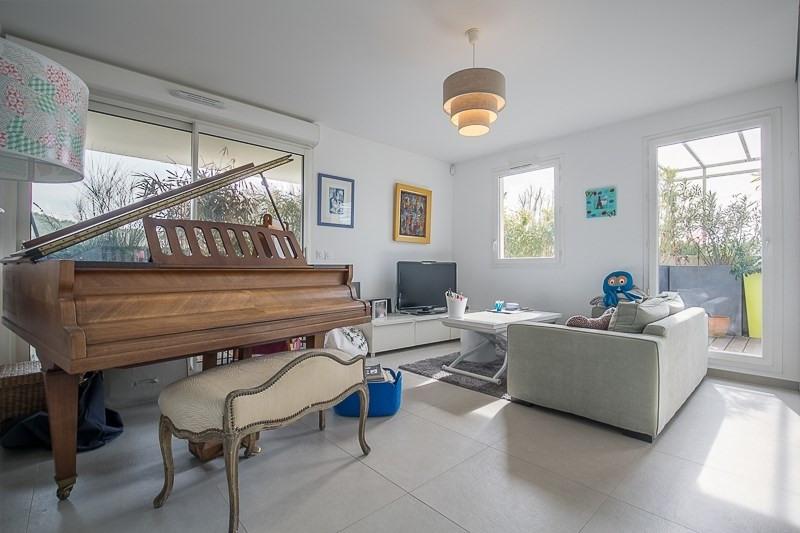 Deluxe sale apartment Bouc bel air 821000€ - Picture 6