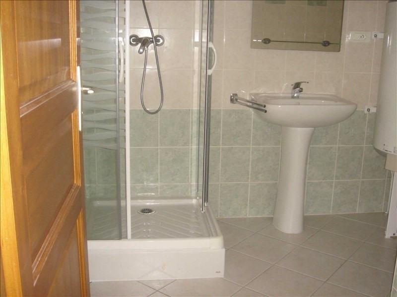 Location appartement 73110 511€ CC - Photo 2