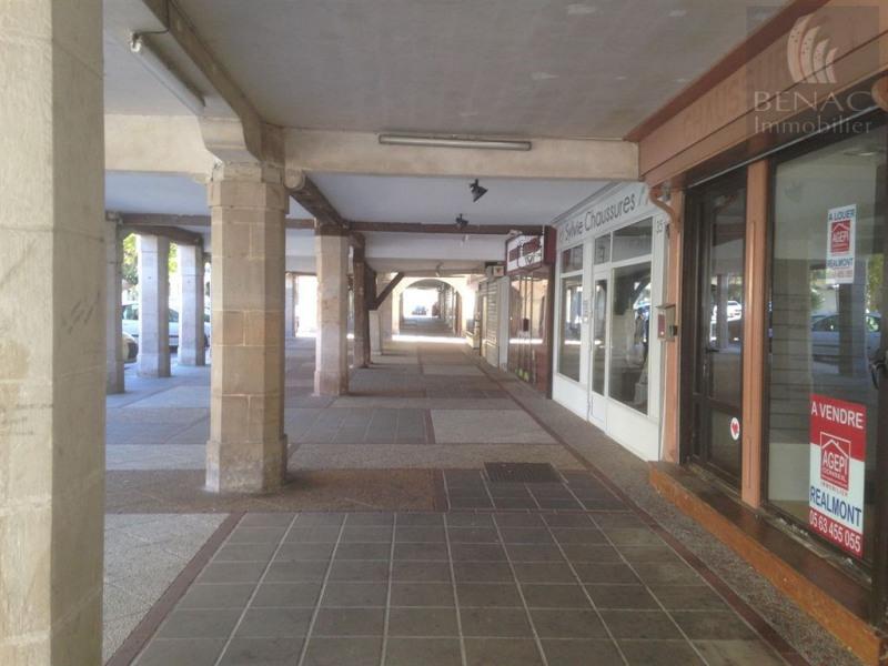 JL77-936 Réalmont centre ville, idéalement placé, local commerci