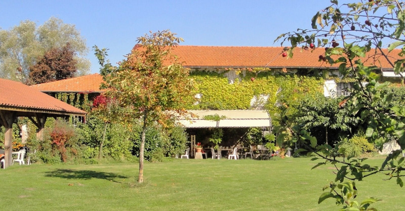 Deluxe sale house / villa Feurs 590 000€ - Picture 1