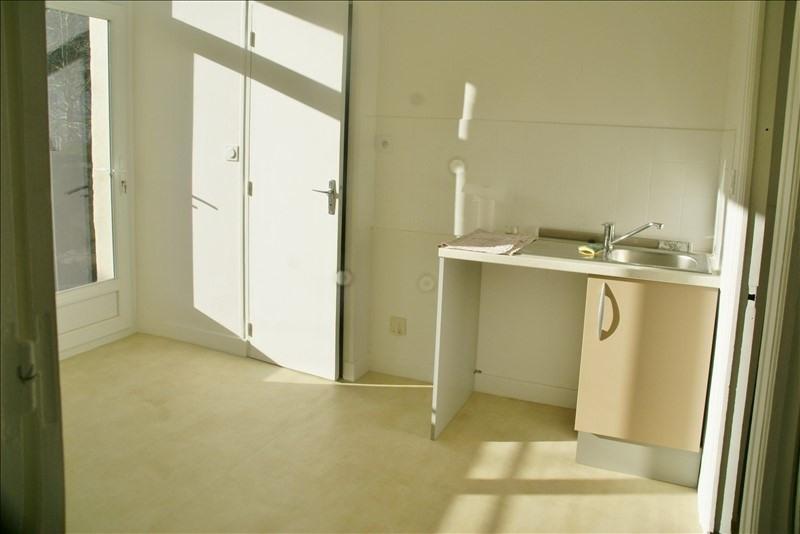 Location appartement Quimperle 500€ CC - Photo 3