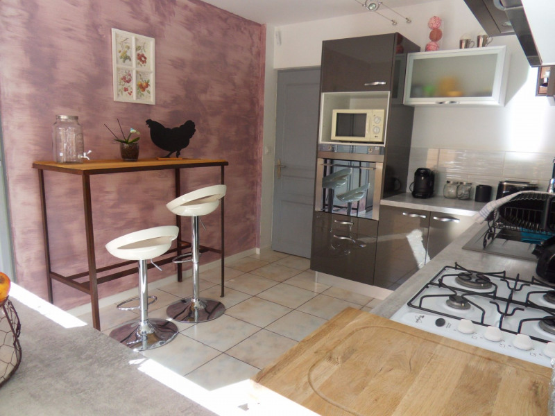 Vente maison / villa Le thor 312000€ - Photo 7