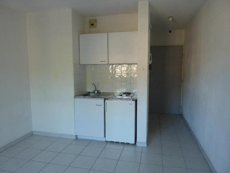Verhuren  appartement Aix en provence 465€ CC - Foto 3