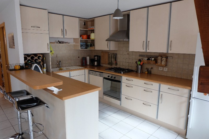Sale apartment Colmar 199900€ - Picture 2