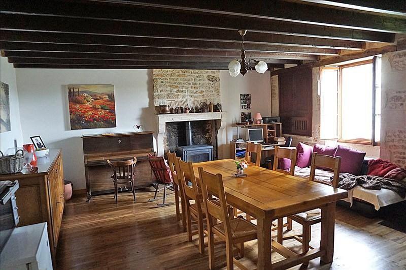 Vente maison / villa Sauzé-vaussais 139000€ - Photo 5