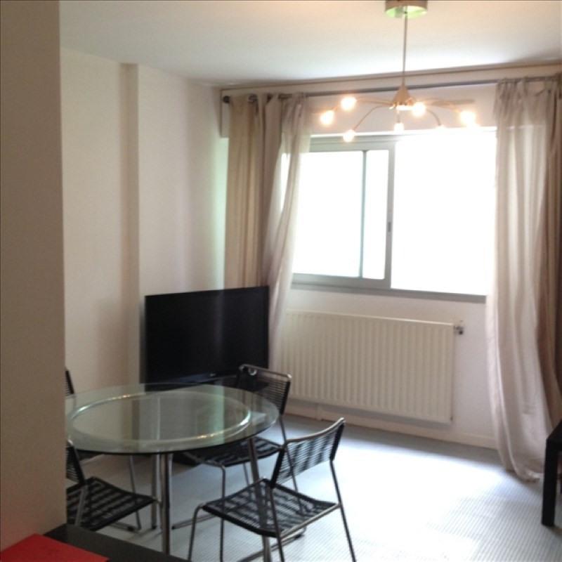 Location appartement Nantes 350€ CC - Photo 2
