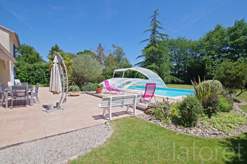 Sale house / villa Cholet 289000€ - Picture 1