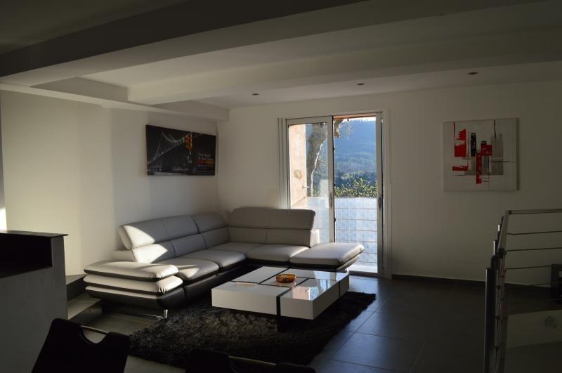Продажa дом Bagnols en foret 186000€ - Фото 1