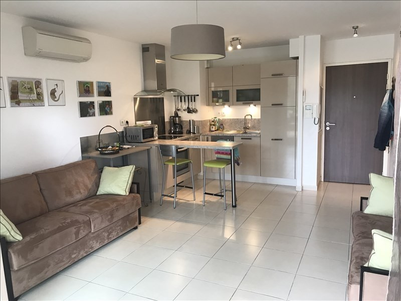 Sale apartment Six fours les plages 198000€ - Picture 1