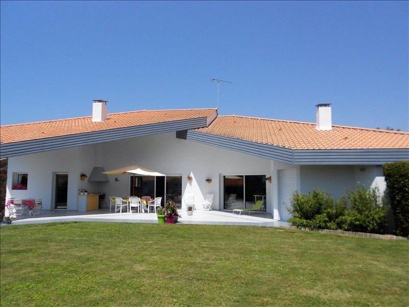 Deluxe sale house / villa St jean de monts 628 000€ - Picture 2
