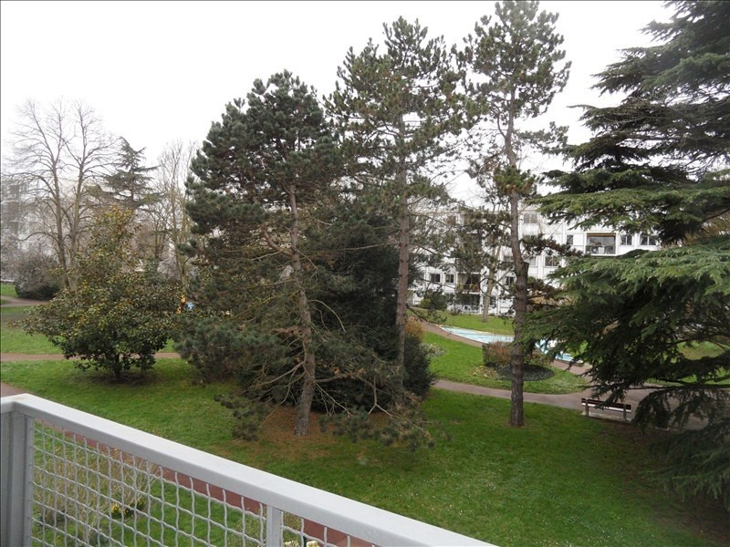 Rental apartment Marly le roi 1 150€ CC - Picture 1