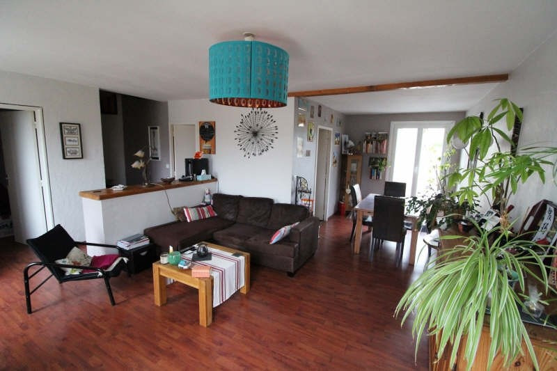 Sale apartment Maurepas 258000€ - Picture 1