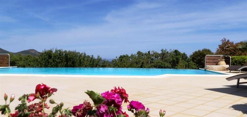 Deluxe sale house / villa Sainte lucie de porto vecchi 1750000€ - Picture 3