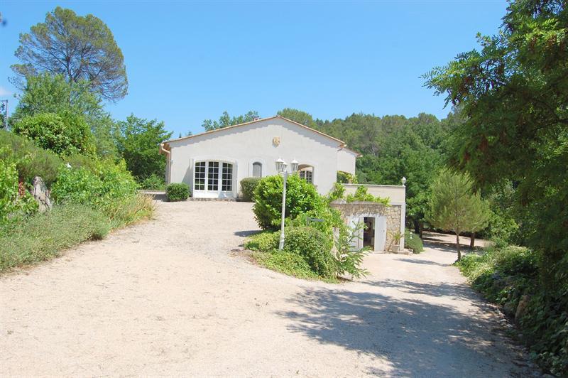 Revenda residencial de prestígio casa Tourrettes 895000€ - Fotografia 12
