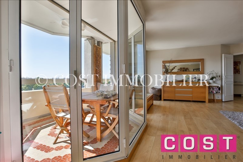 Deluxe sale apartment Courbevoie 1 050 000€ - Picture 6