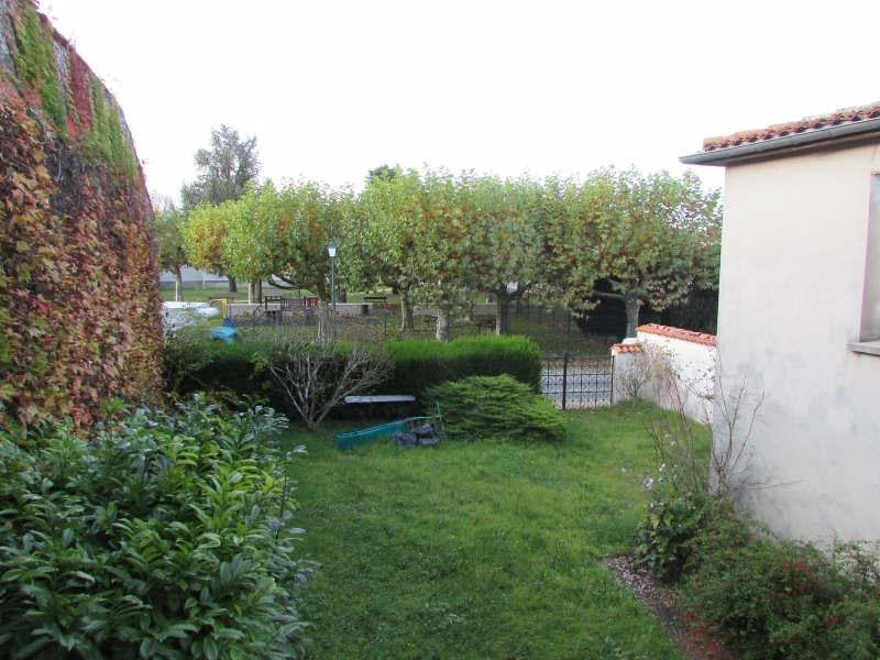 Vente maison / villa Aigre 81500€ - Photo 13