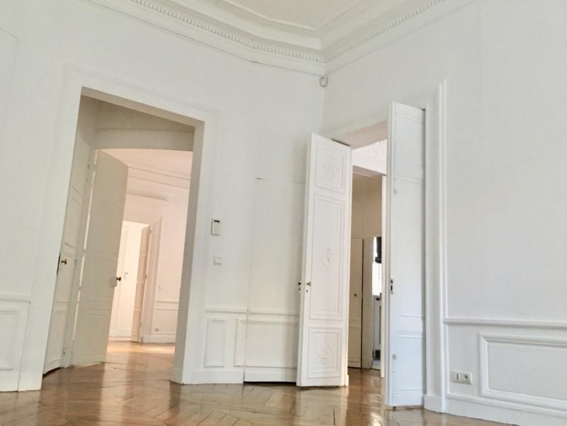 Rental apartment Paris 7ème 5880€ CC - Picture 3