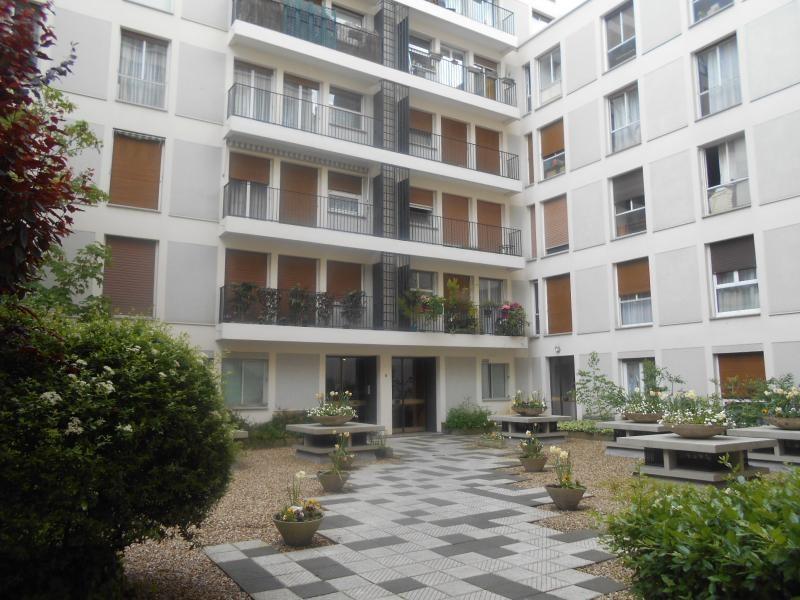 Location appartement Paris 7ème 1773€ CC - Photo 9